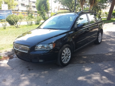 Volvo V50 2.500 cc T5 TURBO AWD '05